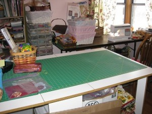 Cutting Table Clear