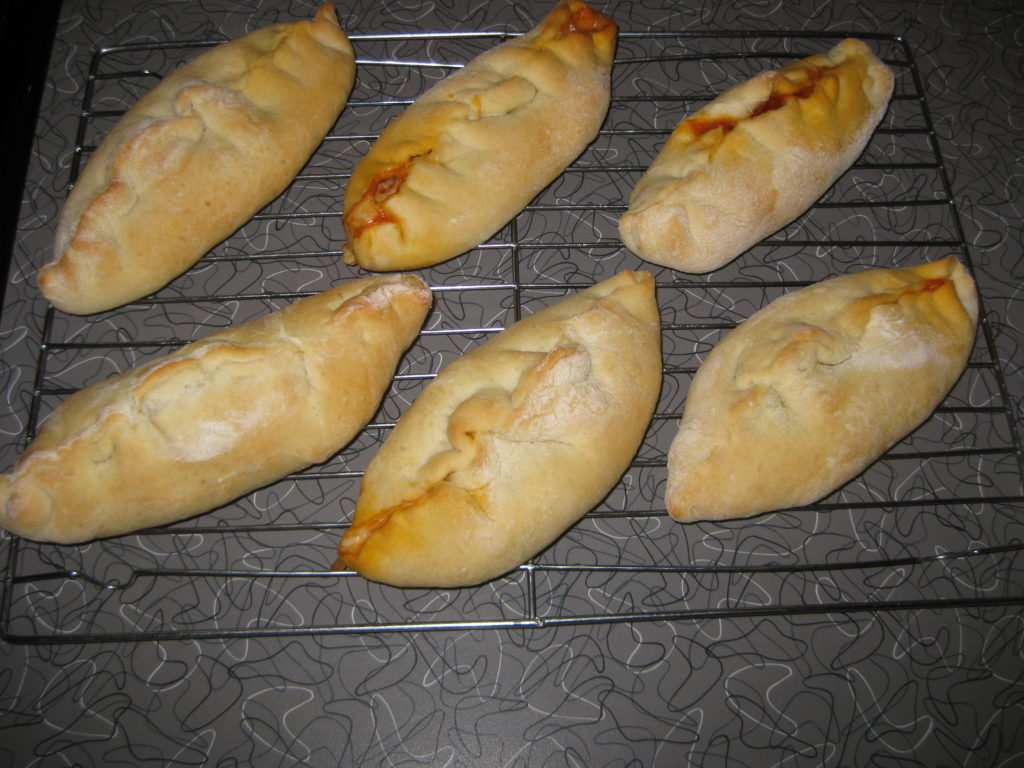 baked pizza pockets